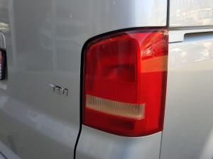 Volkswagen T5 Kombi 2.0 TDi Base - Image 38