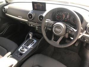 Audi A3 2.0T FSI Stronic - Image 6