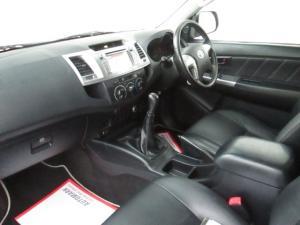Toyota Hilux 3.0D-4D Xtra cab Raider Legend 45 - Image 3