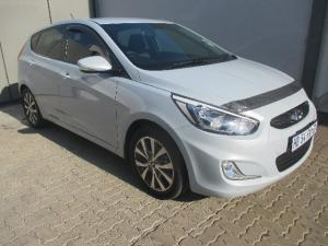 Hyundai Accent hatch 1.6 Fluid - Image 1