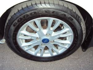 Ford B-MAX 1.0 Ecoboost Titanium - Image 4