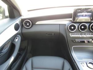 Mercedes-Benz C200 EDITION-C automatic - Image 3
