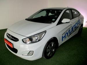 Hyundai Accent 1.6 GLS/FLUID - Image 1
