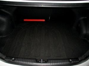 Hyundai Accent 1.6 GLS/FLUID - Image 21