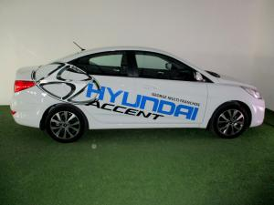 Hyundai Accent 1.6 GLS/FLUID - Image 25