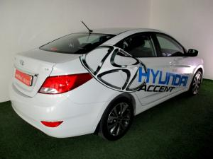 Hyundai Accent 1.6 GLS/FLUID - Image 26