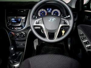 Hyundai Accent 1.6 GLS/FLUID - Image 29