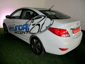 Hyundai Accent 1.6 GLS/FLUID - Image 3
