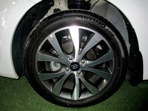 Hyundai Accent 1.6 GLS/FLUID - Image 8