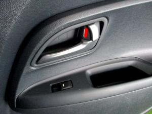 Kia RIO1.4 automatic - Image 22
