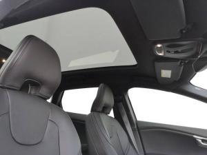 Volvo V40 T4 Momentum auto - Image 10