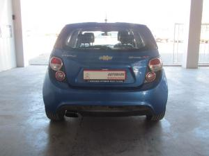 Chevrolet Sonic hatch 1.4T RS - Image 3