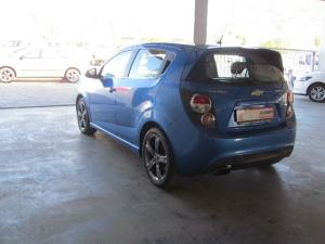 Chevrolet Sonic hatch 1.4T RS - Image 6