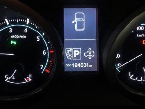 Toyota Land Cruiser Prado 4.0 VX - Image 11