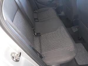 Volkswagen Polo sedan 1.6 Comfortline auto - Image 10