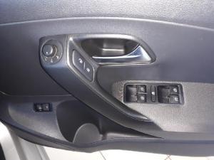 Volkswagen Polo sedan 1.6 Comfortline auto - Image 12