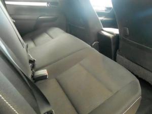 Toyota Hilux 2.8 GD-6 Raider 4X4D/C automatic - Image 5