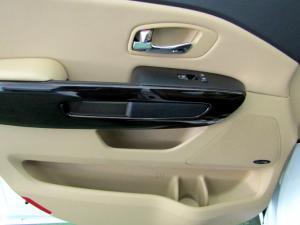 Kia Sedona 2.2D SXL automatic - Image 22