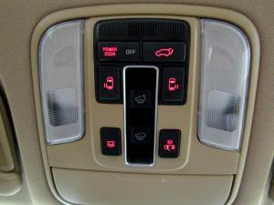 Kia Sedona 2.2D SXL automatic - Image 51
