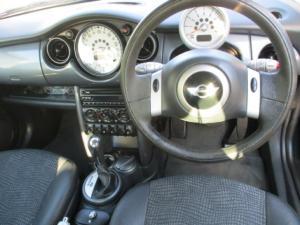 MINI Cooper CVT automatic - Image 7