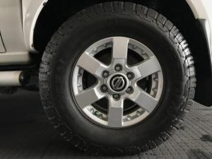 Nissan NP300 Hardbody 2.5TDi double cab - Image 4