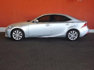 Lexus IS 350 E - Image 3