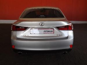 Lexus IS 350 E - Image 4