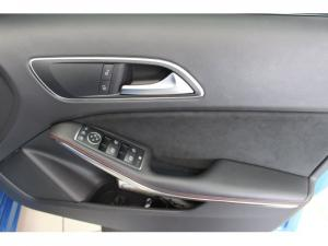 Mercedes-Benz A 250 Sport automatic - Image 10