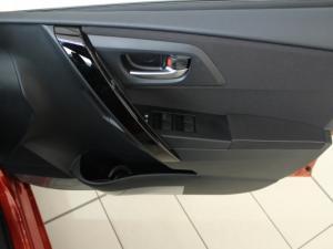 Toyota Auris 1.3 X - Image 17