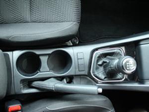 Toyota Auris 1.3 X - Image 18