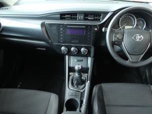 Toyota Auris 1.3 X - Image 19