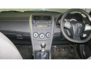 Toyota Corolla 1.6 Professional - Image 6