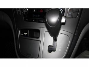 Hyundai H-1 2.5 Crdi Wagon automatic - Image 17