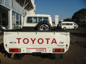 Toyota Land Cruiser 79 4.5DS/C - Image 7
