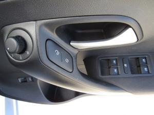 Volkswagen Polo GP 1.6 Comfortline - Image 23