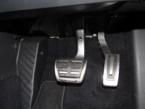 Volkswagen Golf VII GTi 2.0 TSI DSG - Image 24