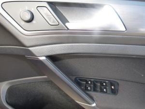 Volkswagen Golf VII 1.4 TSI Comfortline DSG - Image 18