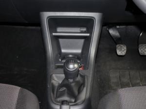 Volkswagen Take UP! 1.0 3-Door - Image 10