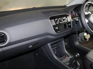 Volkswagen Take UP! 1.0 3-Door - Image 13