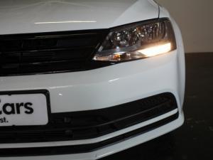 Volkswagen Jetta GP 1.6 Conceptline - Image 23