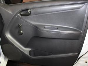 Isuzu KB 250 D-TEQ Fleetside SafetyS/C - Image 13