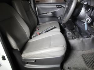 Isuzu KB 250 D-TEQ Fleetside SafetyS/C - Image 14