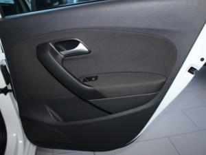 Volkswagen Polo GP 1.2 TSI Comfortline - Image 17