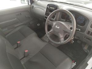 Nissan Hardbody NP300 2.5 TDi LWBS/C - Image 8