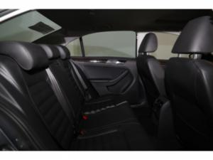 Volkswagen Jetta GP 1.4 TSI Comfortline DSG - Image 17