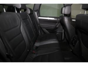 Volkswagen Touareg GP 3.0 V6 TDI Luxury TIP - Image 17