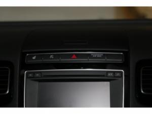 Volkswagen Touareg GP 3.0 V6 TDI Luxury TIP - Image 19