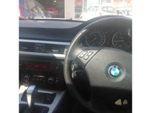 BMW 3 Series 320i steptronic - Image 9