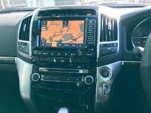Toyota Landcruiser 200 V8 4.5D VX automatic - Image 10
