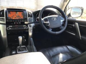 Toyota Landcruiser 200 V8 4.5D VX automatic - Image 18